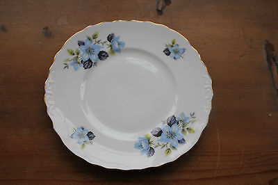 Queen Anne 8301 Blue Climbing Rose Cake Plate • 9.90£