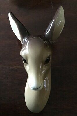 "William R Midwinter, Burslem Pottery Deer Wall Hanging. 6.5"" Tall • 32£"