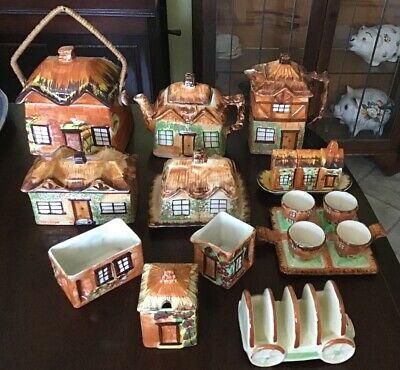 11 Pieces Of Cottage Ware Breakfast/tea Set. Made In England • 70£