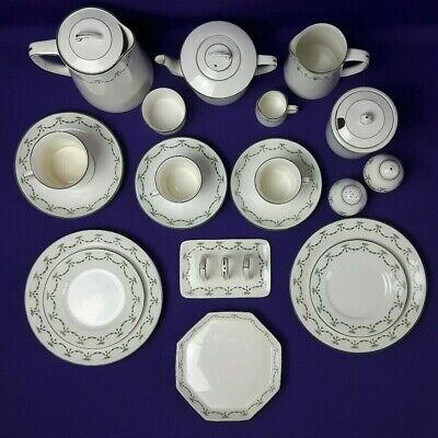 Foley 16 Piece Breakfast Set - Bone China Green Swags & Ribbons Vintage 1930s  • 110£