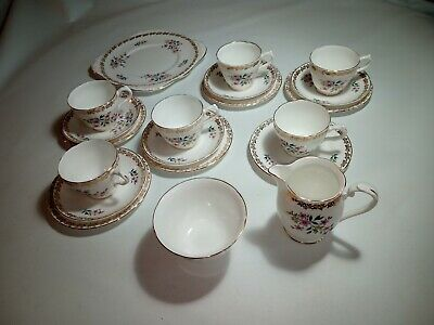 Royal Grafton Bone China 20 Piece Tea Set, Made In England, Excellent Condition • 40£