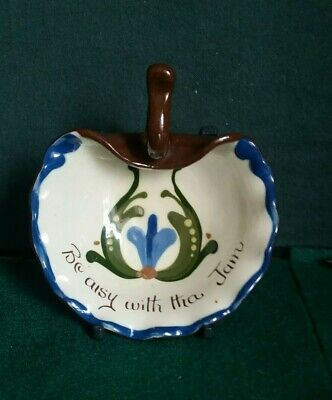 Longpark Motto Ware Scallop Shaped Bowl With Handle • 3£