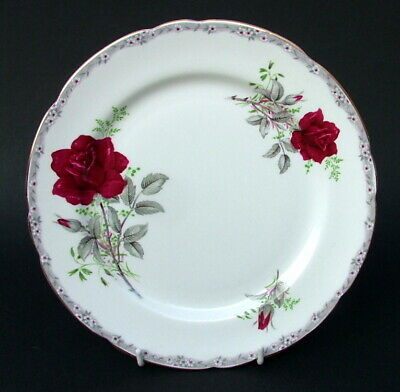 Royal Stafford Roses To Remember Red Pattern Salad Dessert Plates 21.5cm In VGC • 5.95£