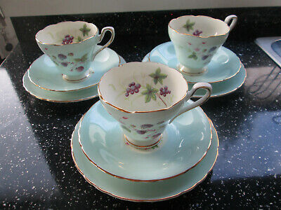 Set Of 3  Vintage Sutherland Green Blackberry Tea Cup Trios Corset Style • 27.50£
