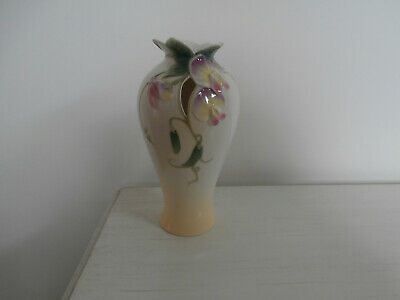 Franz Sweet Pea Delicate Hand Painted 8 Inch Porcelain Vase Excellent Condition • 45£