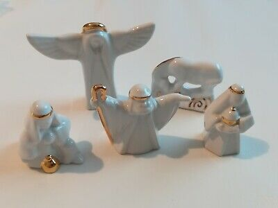 Wade Set Of 5 Nativity Figures Decorated With Gold Leaf • 20£
