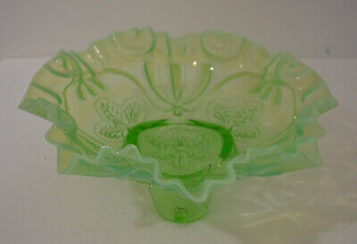 Jefferson Glass Company Meander Green Opalescent Tri-footed Bowl • 20.24£