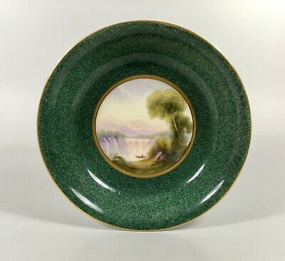 Royal Worcester Porcelain Dish. Painted By R. Rushton, Dated 1919. • 11.50£