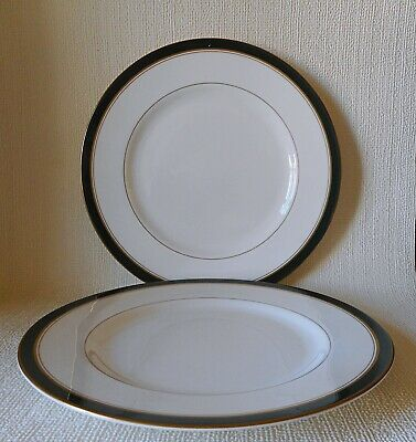 TWO ROYAL WORCESTER HOWARD GREEN SECOND QUALITY 270mm DINNER PLATES  • 5.99£