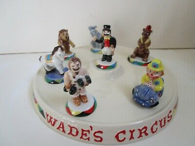 Wade Circus Ring With 7 Figures Including Ringmaster • 38£