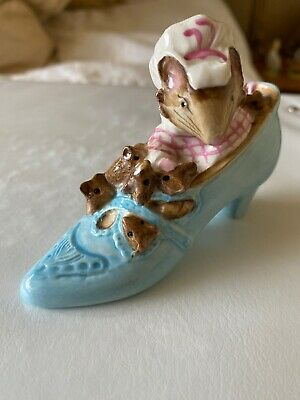 Beswick Beatrix Potter's 'The Old Woman Who Lived In A Shoe' Figurine 1959 • 5£
