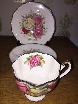 Queen Anne 'Lady Sylvia' China Trio • 4.99£