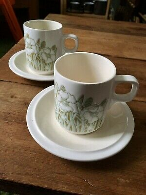 Hornsea Pottery Fleur Pattern Pair Of Coffee Cans/demitasse Cups And Saucers • 1.99£