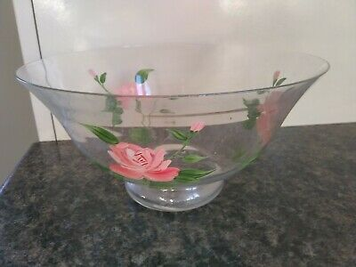 Glass Fruit Bowl With Pink Roses  • 1.20£