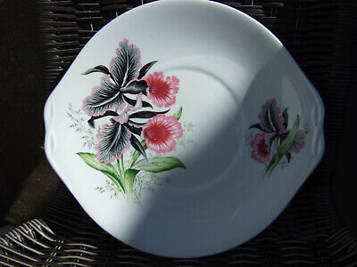 Queen Anne Floral Cake Plate • 4£