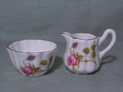 Royal Tara Miniature Pitcher/Jug & Bowl Pink Rose Pattern  • 10£