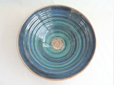 Attractive Hand-Thrown Pottery Bowl Marked 'Wold Routh Beverley Yorkshire' • 9.90£