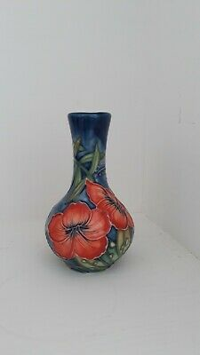 Old Tupton Ware 4  Vase With Tube Line Hibiscus Pattern • 15£