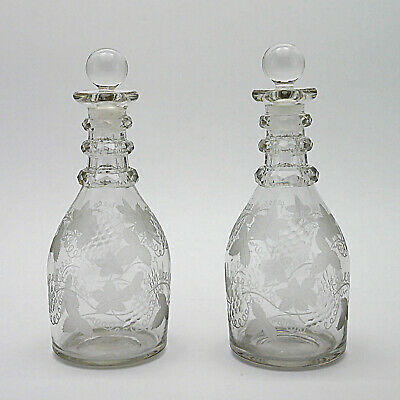 Two Beautiful Vintage Grapevine Etched Crystal Glass Decanters - 23cm/9  High • 29.99£