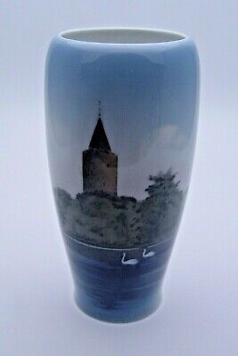 First Quality Royal Copenhagen Vase With Scenic Design 3367 - Perfect • 24.99£