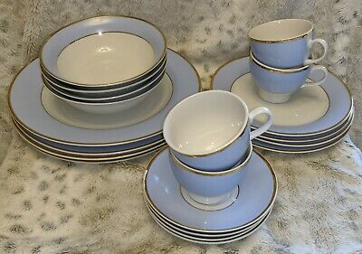 Lovely Dinner/Tea Set By Royal Doulton ~ 20 Pieces ~ 2004 Blue/White/Gold • 35£