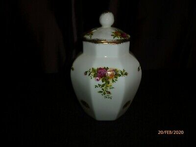 Royal Albert, Old Country Roses, Ginger Jar, Good Condition • 8.50£