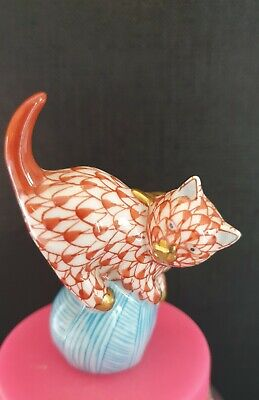 Herend Rust Red Fishnet Miniature  Cat On A Ball With Gold Accents. • 10.49£
