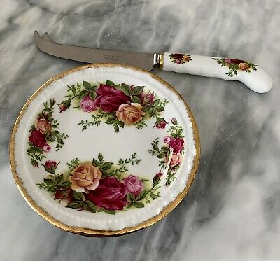 Royal Albert Old Country Roses Butter Knife And Dish • 4.99£