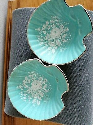 2 Royal Winton Shell Dishes • 2£
