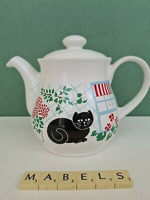 BOOTS SADLER ~BLACK CAT~  Teapot C.1980's • 10.99£