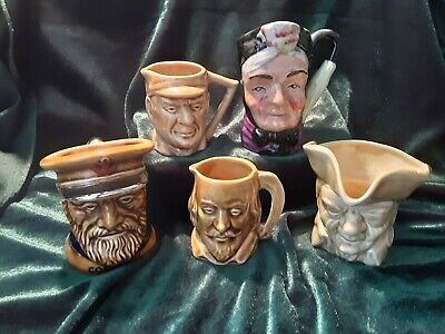 Five Vintage Character Mugs • 18.99£