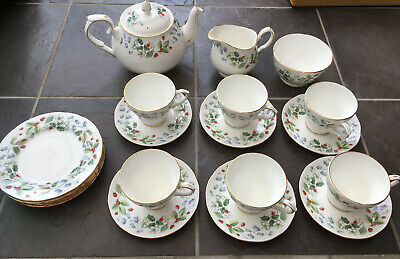 1960s Vintage Duchess Tea Service For 6 'Strawberry Fields', Excellent Condition • 40£