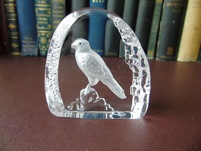 Vintage Wedgwood Art Glass Crystal Etched Hawk Paperweight • 19.95£