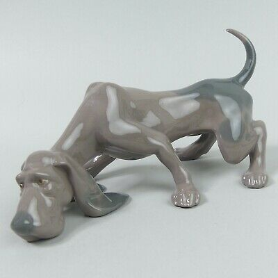 Lovely Lladro Dog Figure Bloodhound Looking For A Clue 5110 • 87£