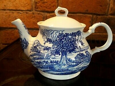 Vintage Blue & White China Teapot Made In England  • 14£