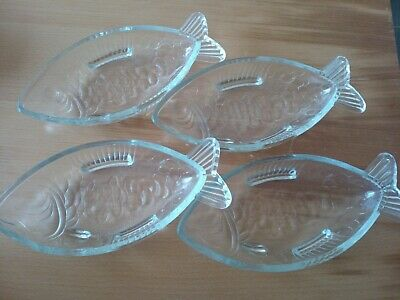 4 Vintage Glass Fish Dishes • 20£