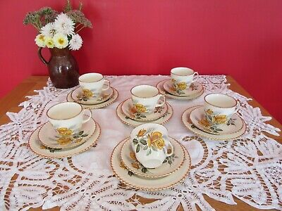 Lovely Vintage  China Yellow  Golden Rose Tea  Set  18 Pieces • 10£