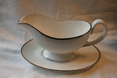 Royal Worcester - Monaco - Sauce/Gravy Boat And Saucer • 15£