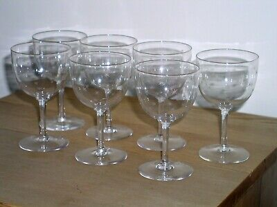 Edwardian Glass - Set Of 7 Etched Star Design Small Wine Glasses   • 40£