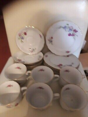 Colclough Bone China Vintage 18 Piece Tea Set. • 50£