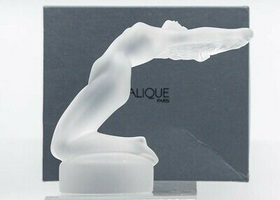 Lalique Boxed Reclining Nude Figure • 295£