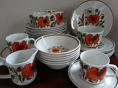 Vintage J&G Meakin Poppy  Dinner / Tea Tableware Items, Select Your Item • 3£
