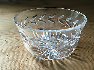 Vintage Art Deco Style Crystal Glass Laurel Leaf Cut Design Bon-bon Dish/bowl • 4.99£