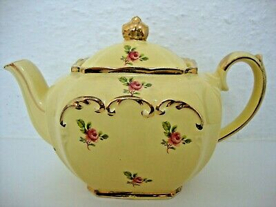 Sadler Cube Shape Tea Pot On A Yellow Ground With Pink Roses • 139.95£