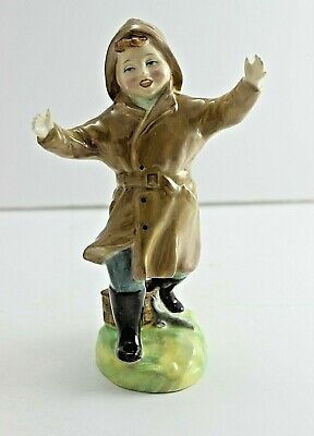 Royal Doulton Figurine   The One That Got Away   HN2153 • 35£