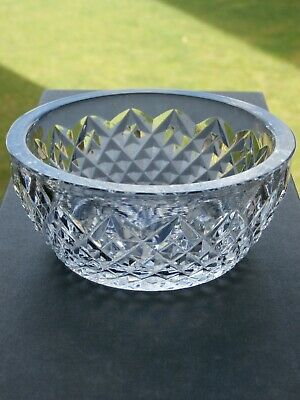 Lovely Cut Crystal Bowl - Ex Cond • 4.99£