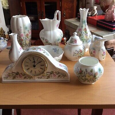 AYNSLEY WILD TUDOR COLLECTION 8 INCLUDING CLOCK Sold For Charity • 8£