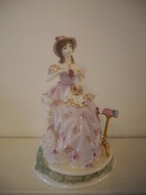 Royal Worcester Embroidery Graceful Art Collection  • 99.99£