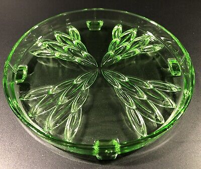 Round Green Glass Cake Stand Plate • 12£