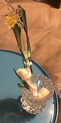 Mini Glass Vase Complete With Glass Daffodils • 2.03£